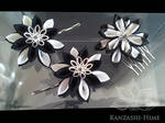 Black and White Kanzashi