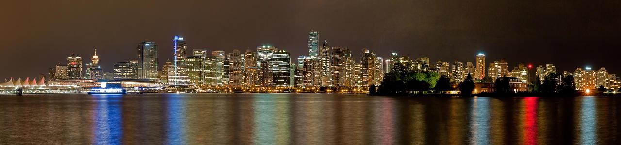 Skyline Vancouver by RaymondW