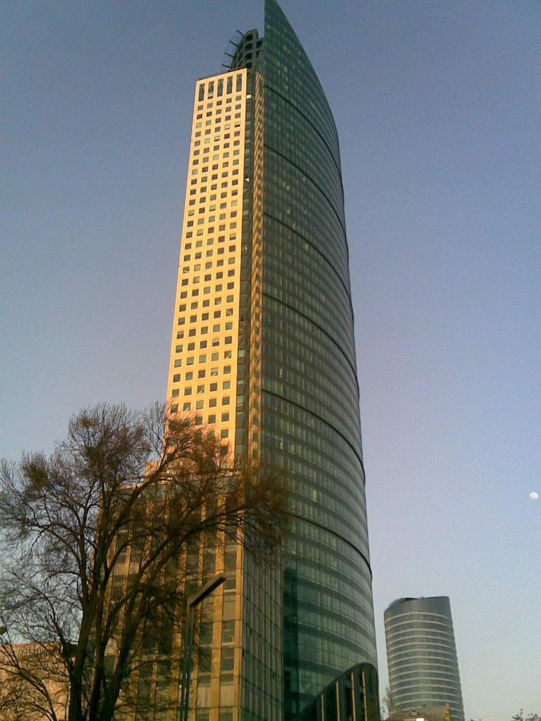 Torre Mayor al atardecer by AJcosmo