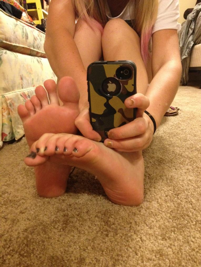 Six Selfie by footlover527