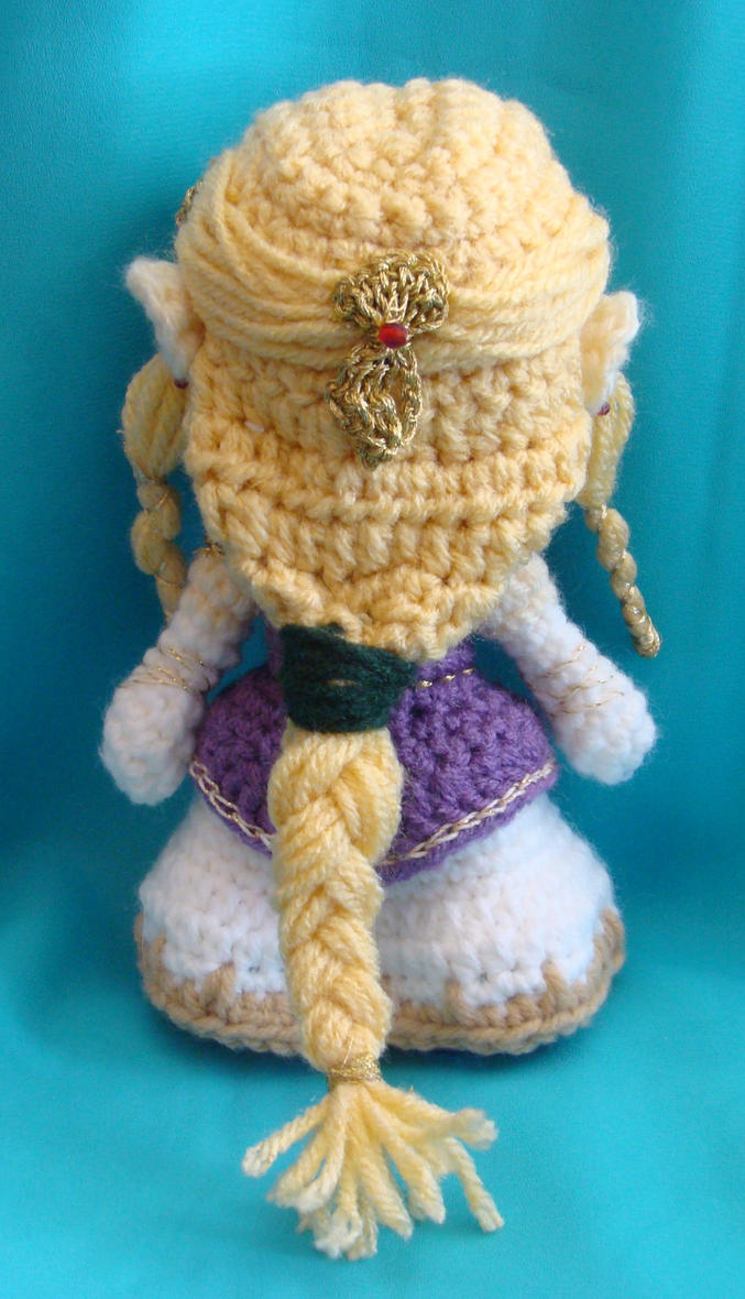 Amigurumi Zelda Patron : Back of Zelda amigurumi doll by Dragonlady92768 on deviantART
