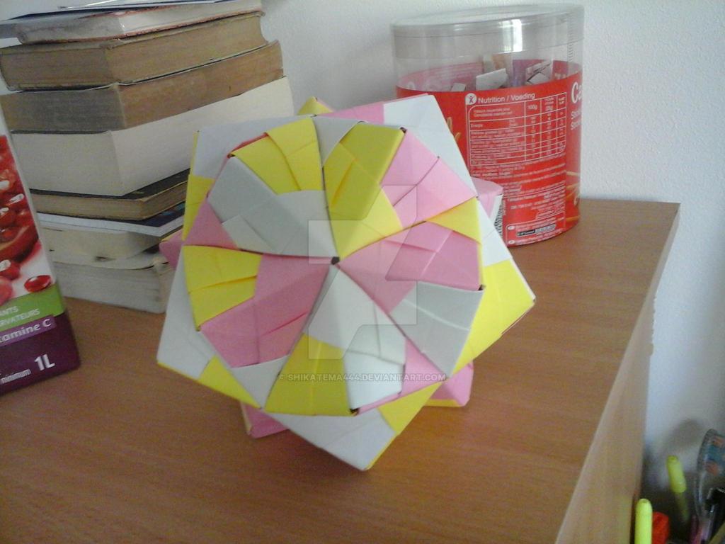 Icosahedron Kusudama by Tomoko Fuse by shikatema444