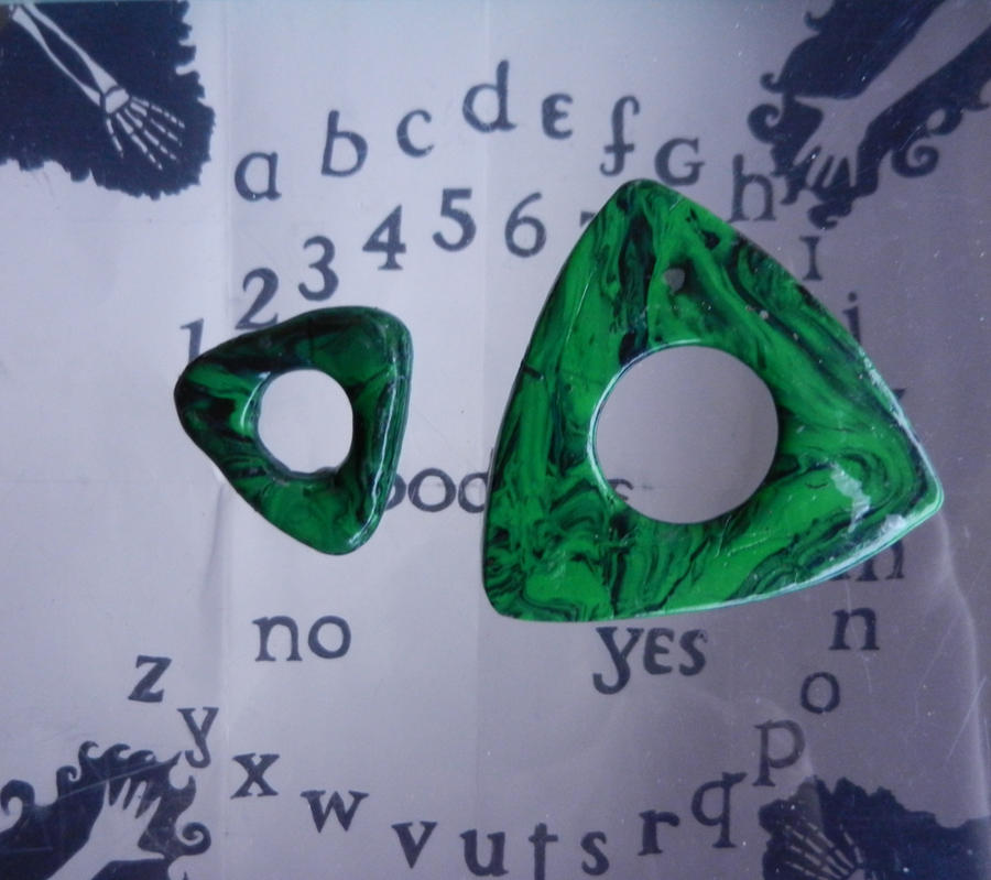 how to make a planchette
