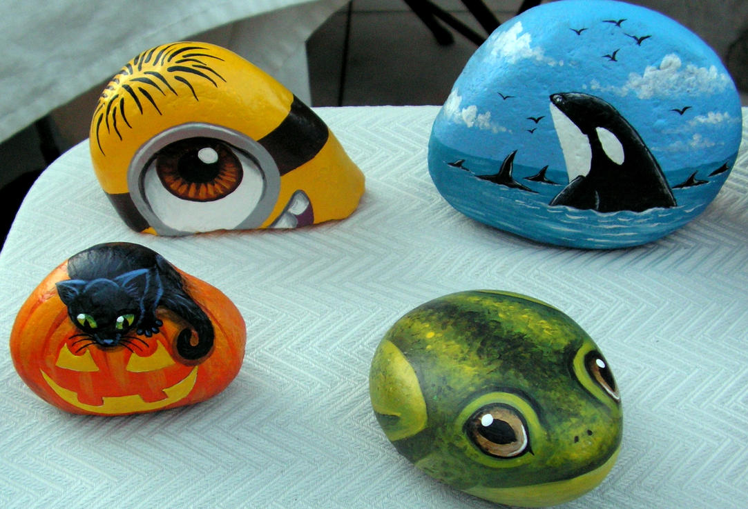 Yet more painted rocks by Nevuela