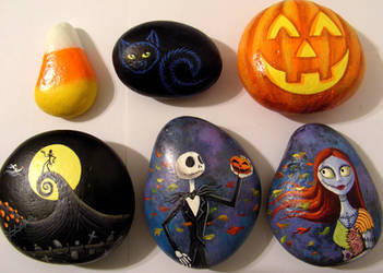 Halloween painted rocks by Nevuela