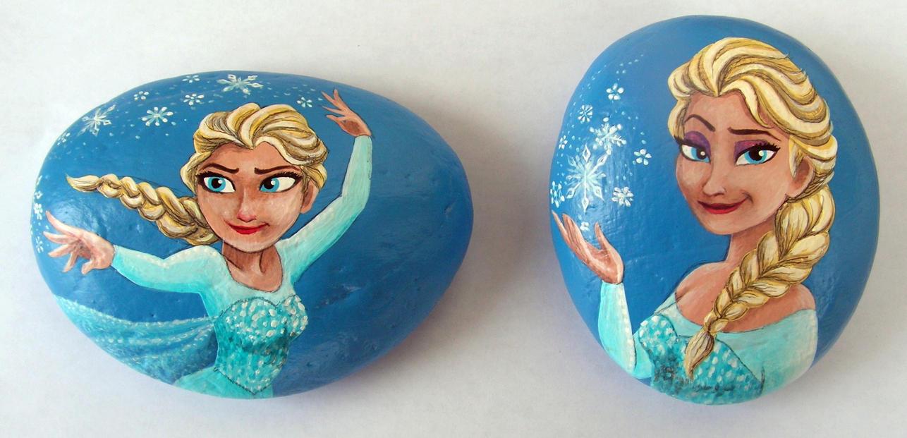 Queen Elsa painted on rocks by Nevuela