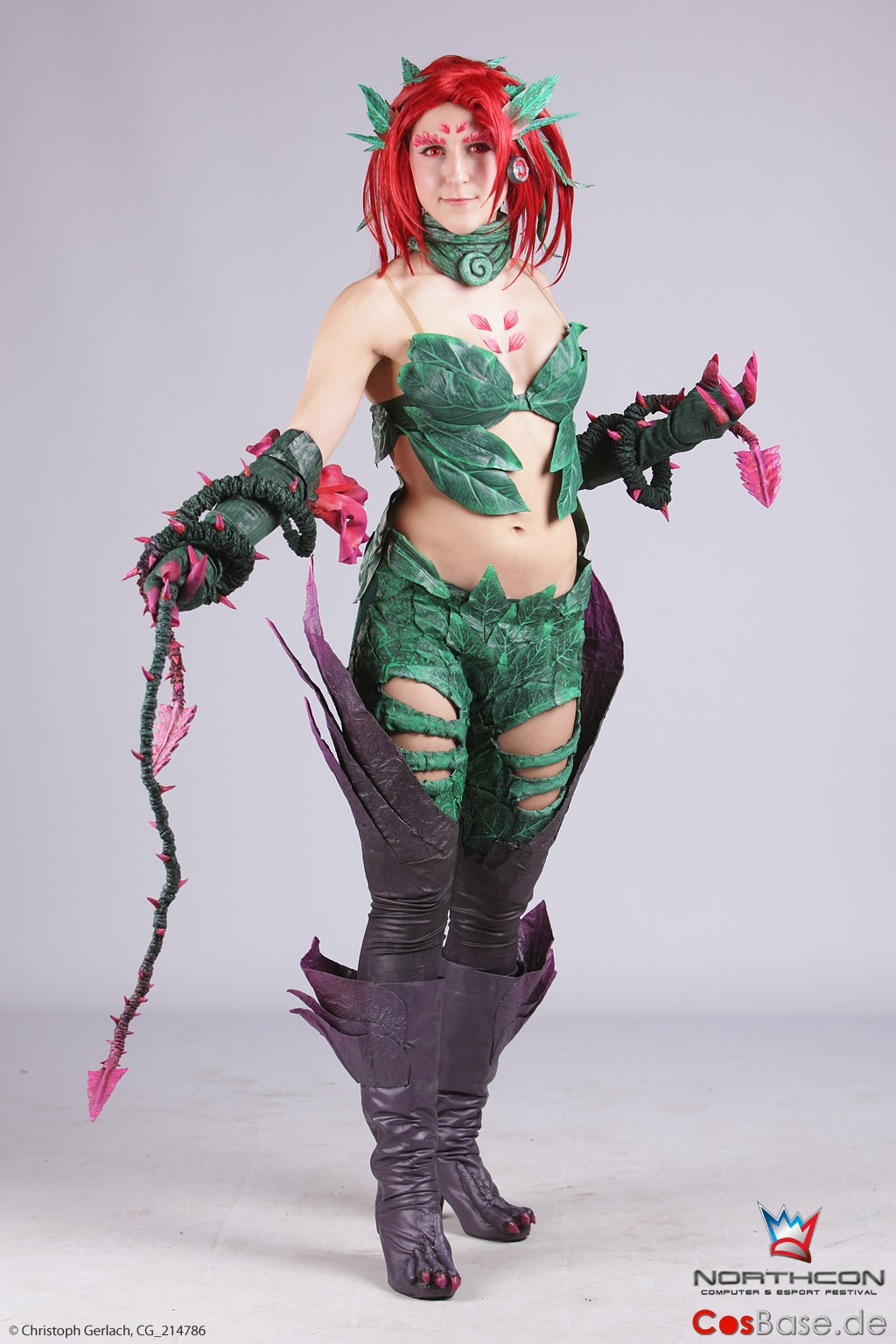 Zyra at the midlane (Northcon 2013) by MowkyCosplay on ...