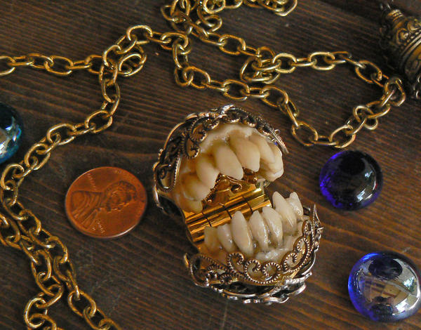 Goblin Teeth Watch Fob 2 by mantisred