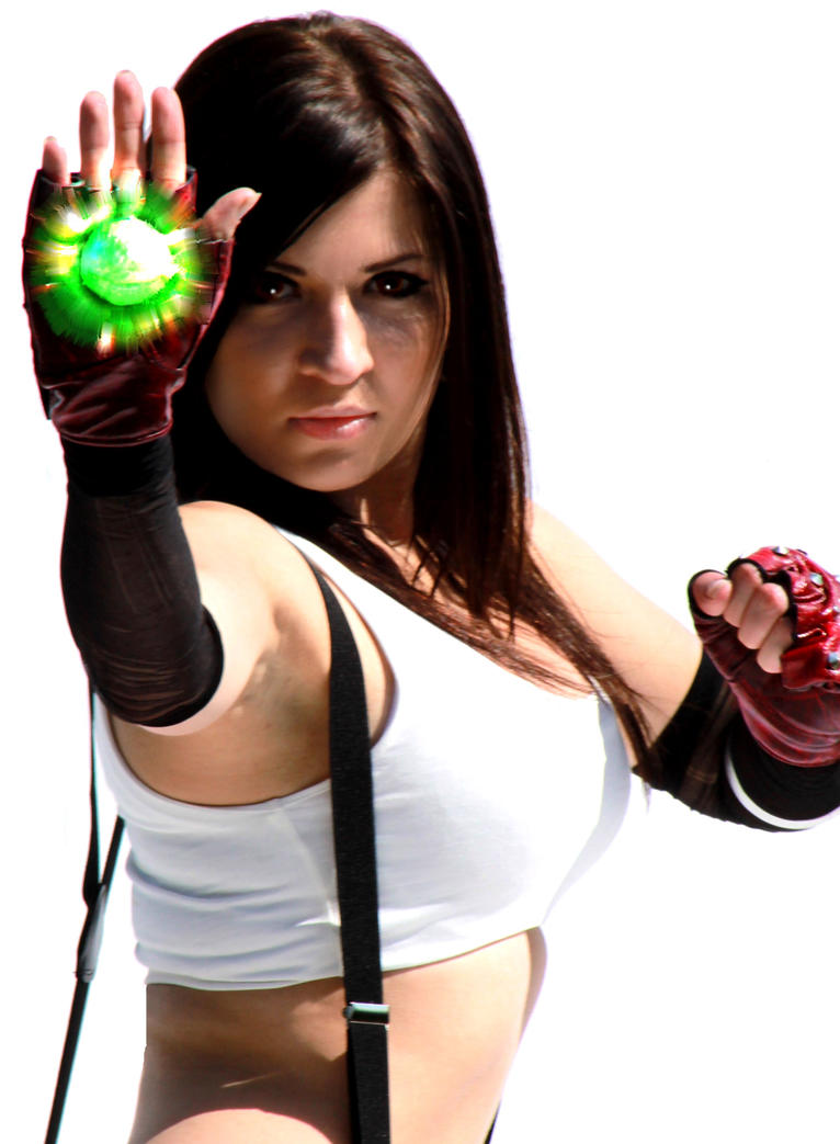 Tifa Casts Cure by Goldbrush