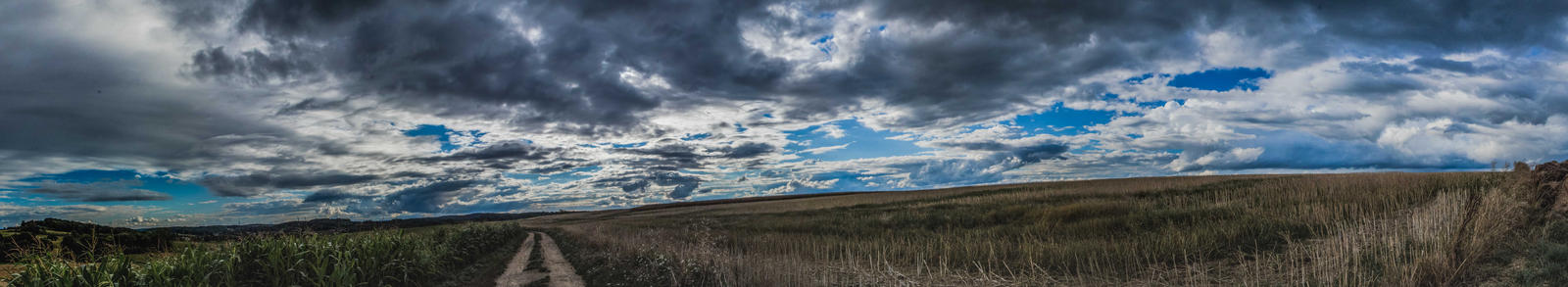Country pano by YgsenddPhoto