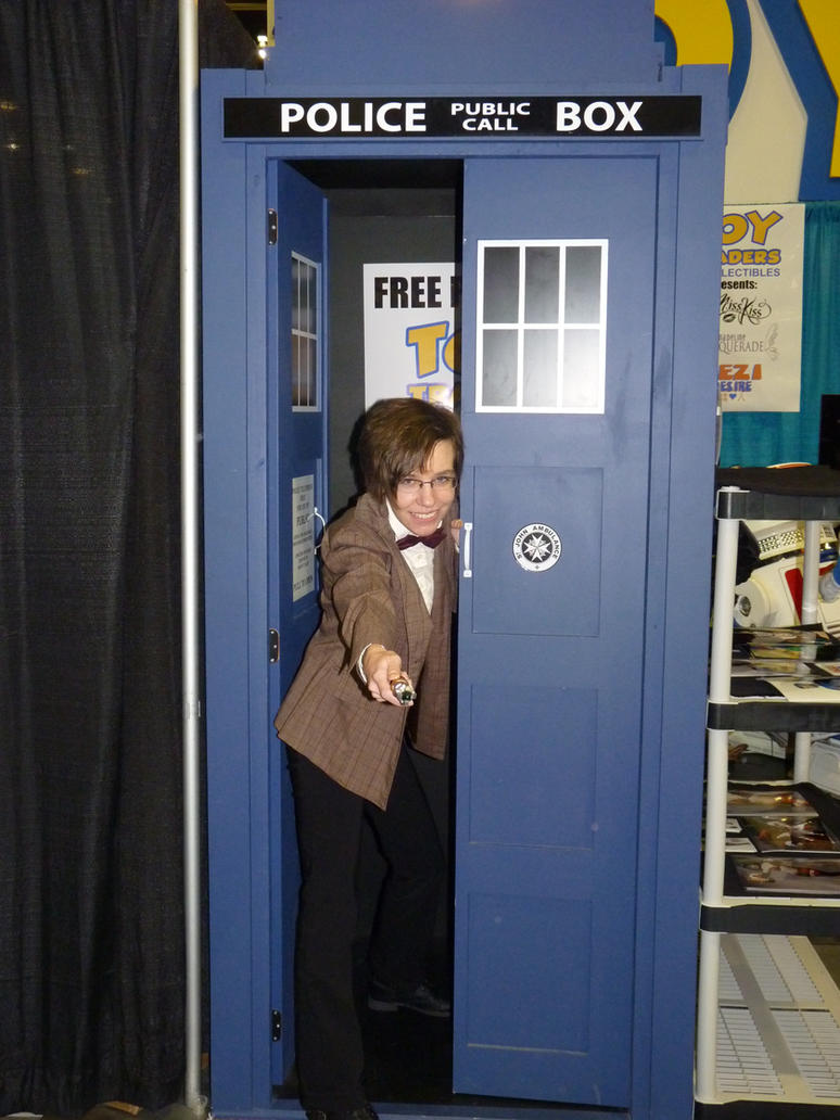 The TARDIS and I by thedarkenedkeeper