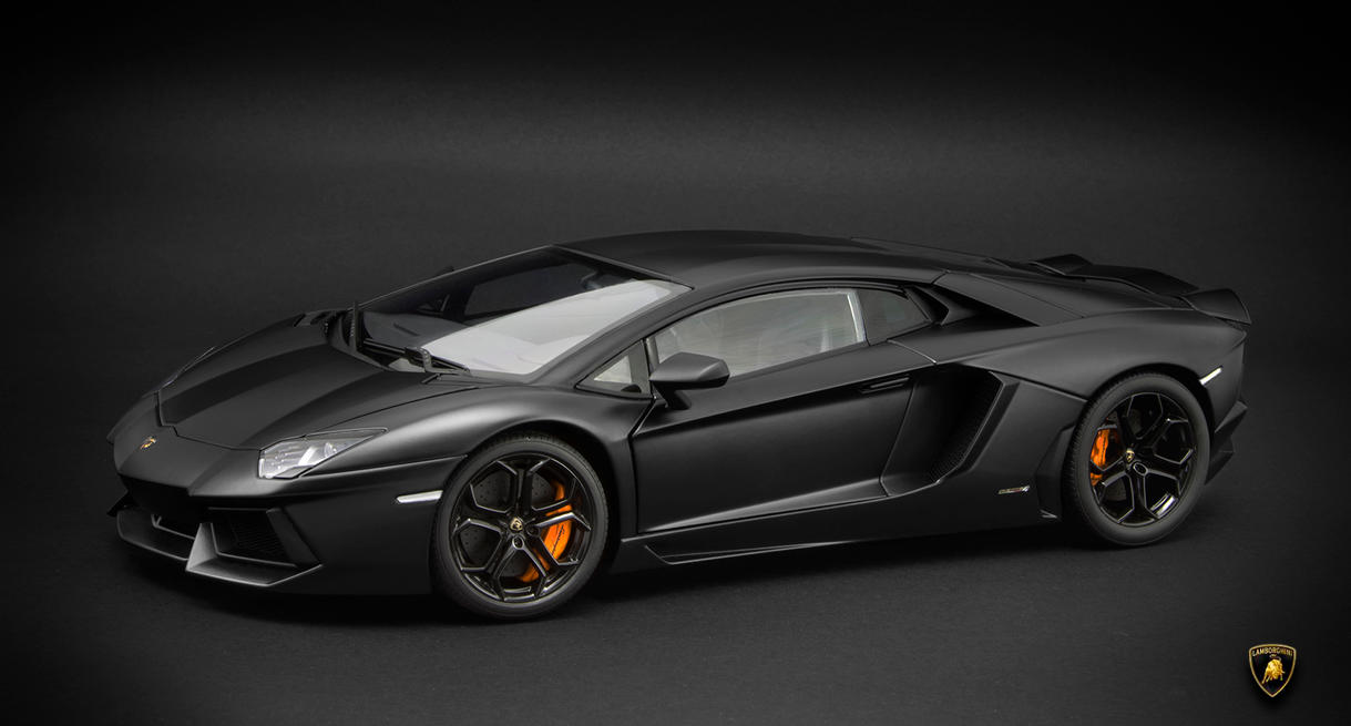 Lamborghini LP700-4 Aventador by RaynePhotography