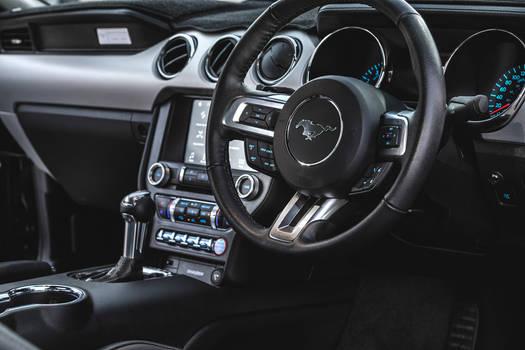 Ford Mustang Interior 3