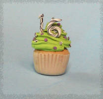 Sweet 16's Birthday Cupcake by mieame