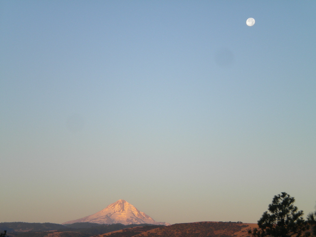 Sunrise with the moon and mountain by ThallenCambricaltran