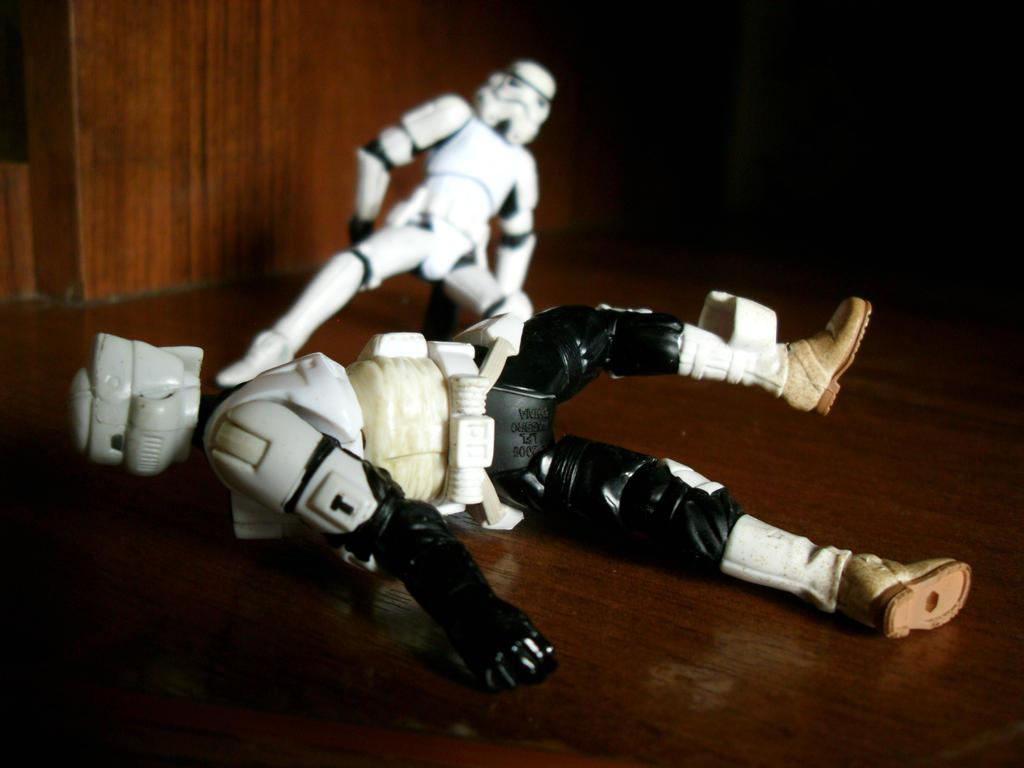 Download Wallpaper Halloween Star Wars - stormtrooper_vs__scout_trooper_by_paulnroll-d6i8wpb  Gallery_100656.jpg