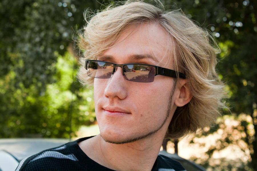A-Glass-Brightly's Profile Picture