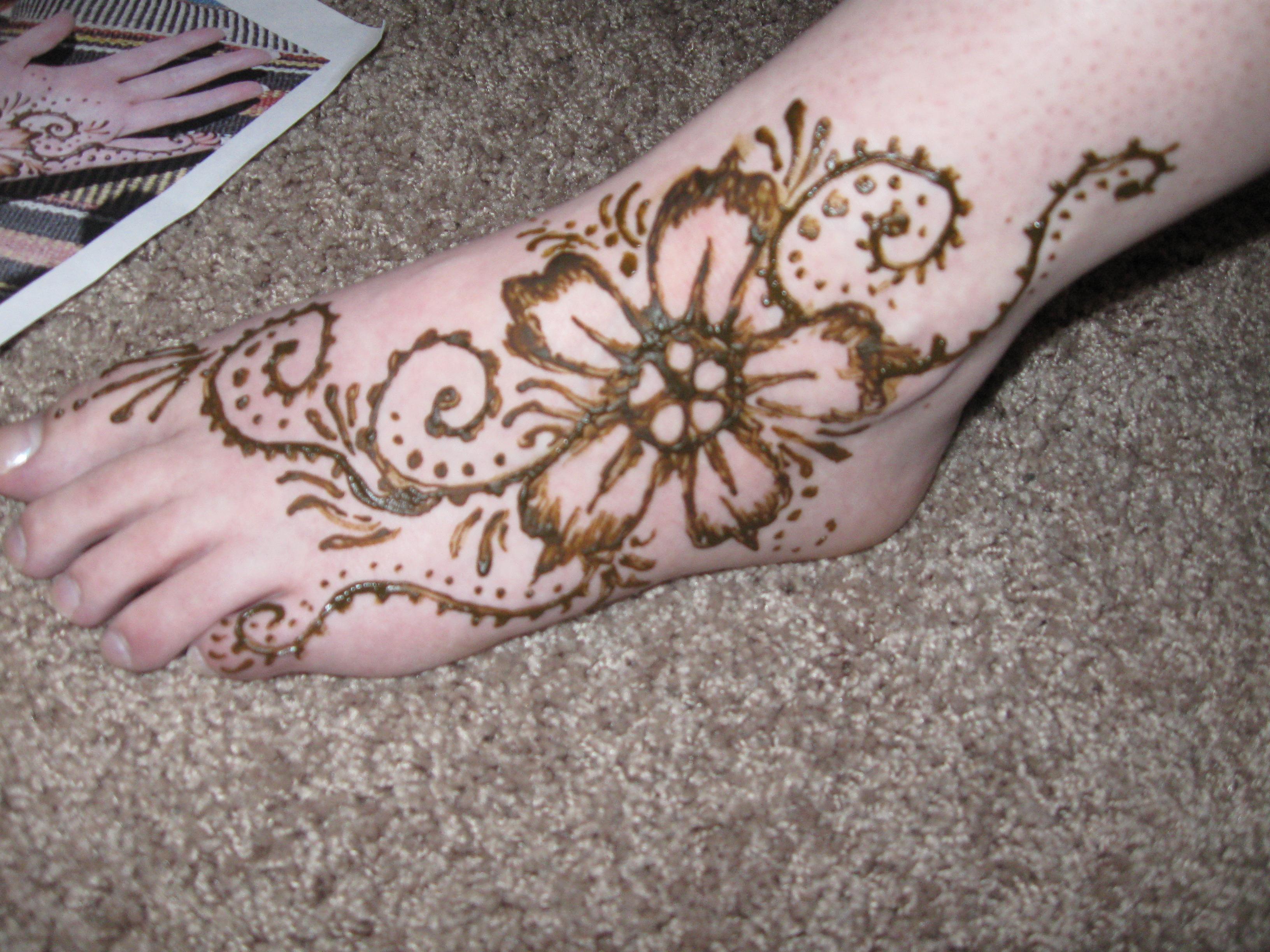 Henna Flower By Captainmorganteague