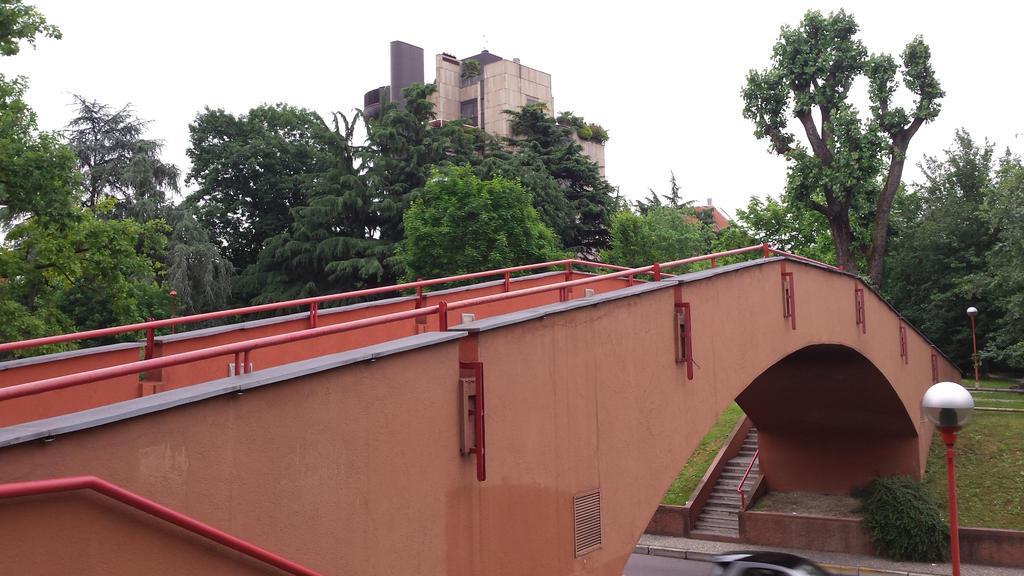 red bridge2 by solstiziodinverno