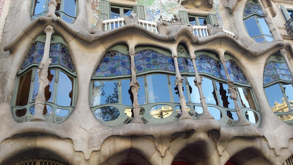 casa battlo detail1 by solstiziodinverno