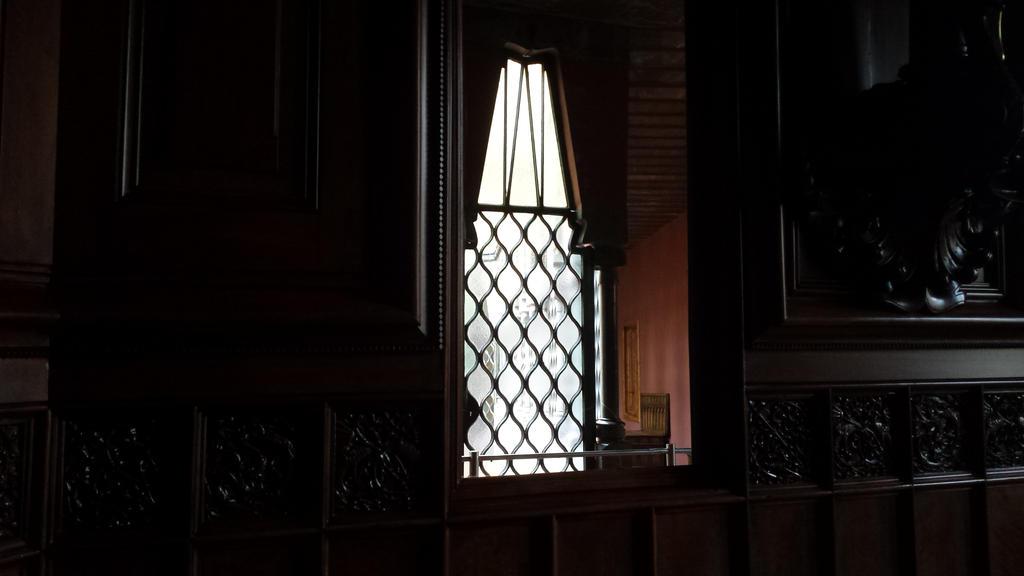 window by solstiziodinverno