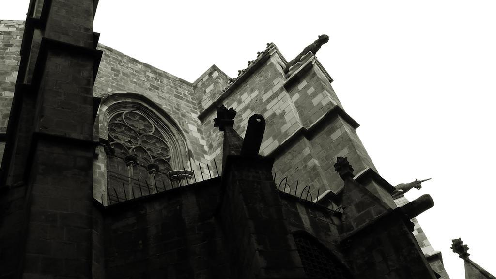 barcelona3 by solstiziodinverno