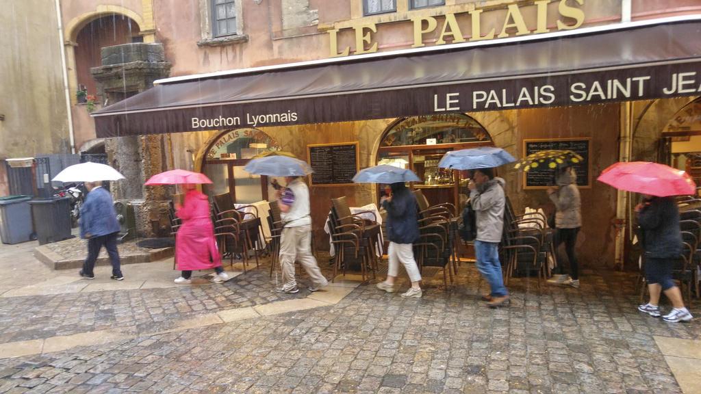 umbrella by solstiziodinverno