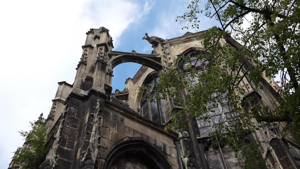 gothic church by solstiziodinverno