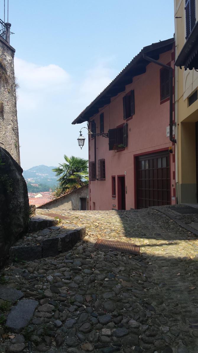 corner by solstiziodinverno