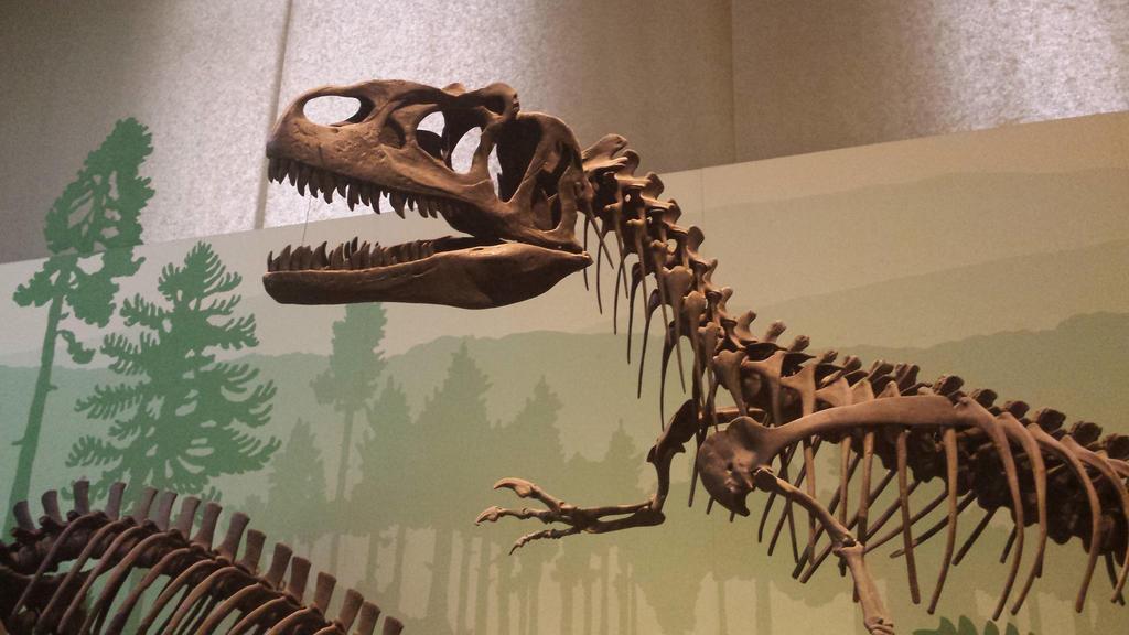 dinosaur 2 by solstiziodinverno