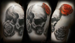 more Skull and Roses Tattoo
