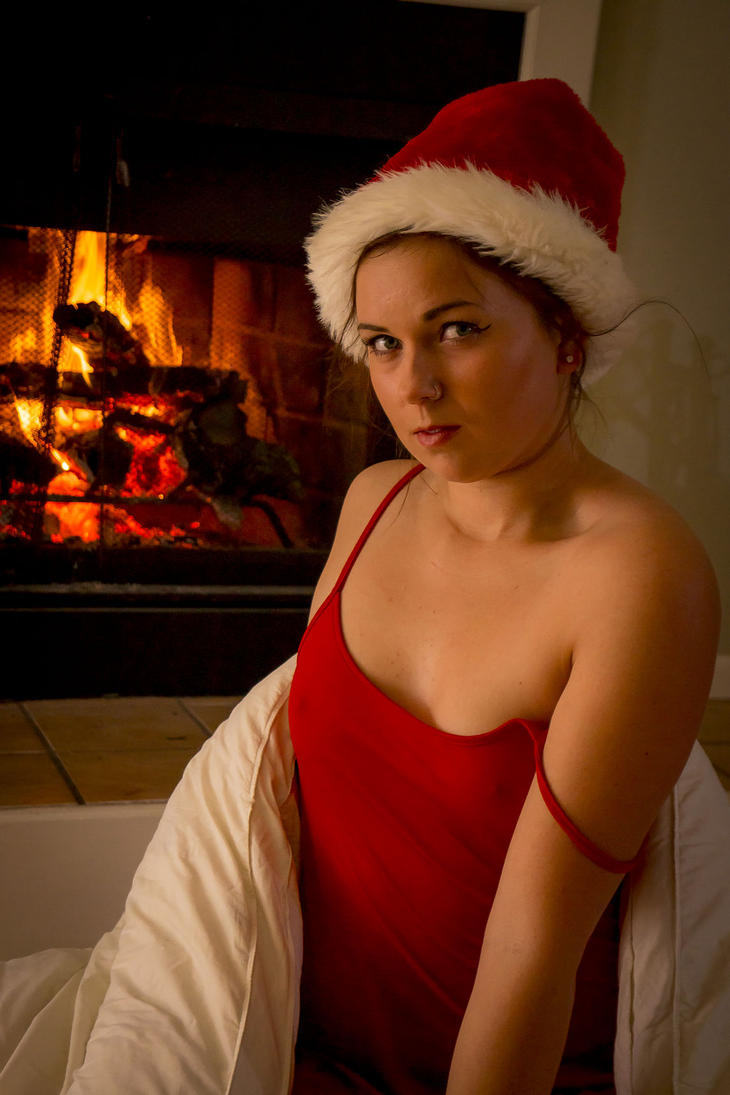 Christmas Eve Relaxation VIII by lateris-ventilagium