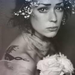 flower crying by Mastowka