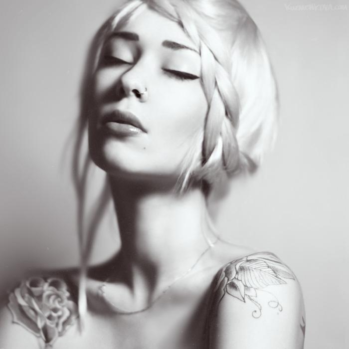 Mary. by Mastowka