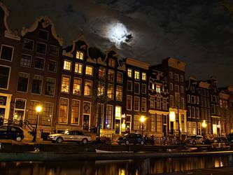 Night in Amsterdam by Csipesz