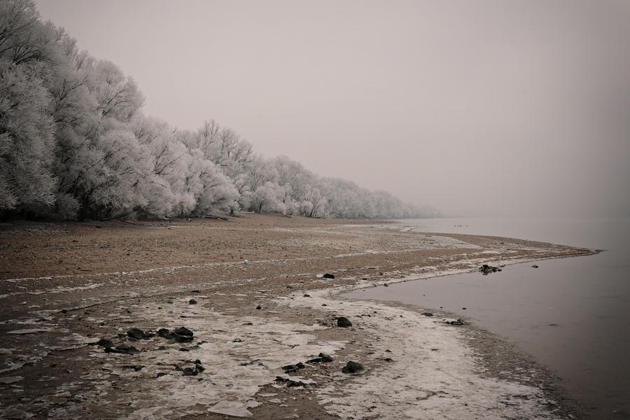 Frozen 10 by Csipesz