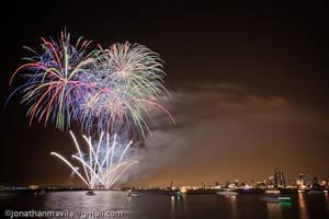 Navy Pier Fireworks 2 by jackalx84