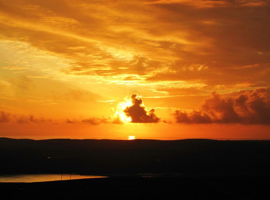Beautiful Sunset by Heylormammy