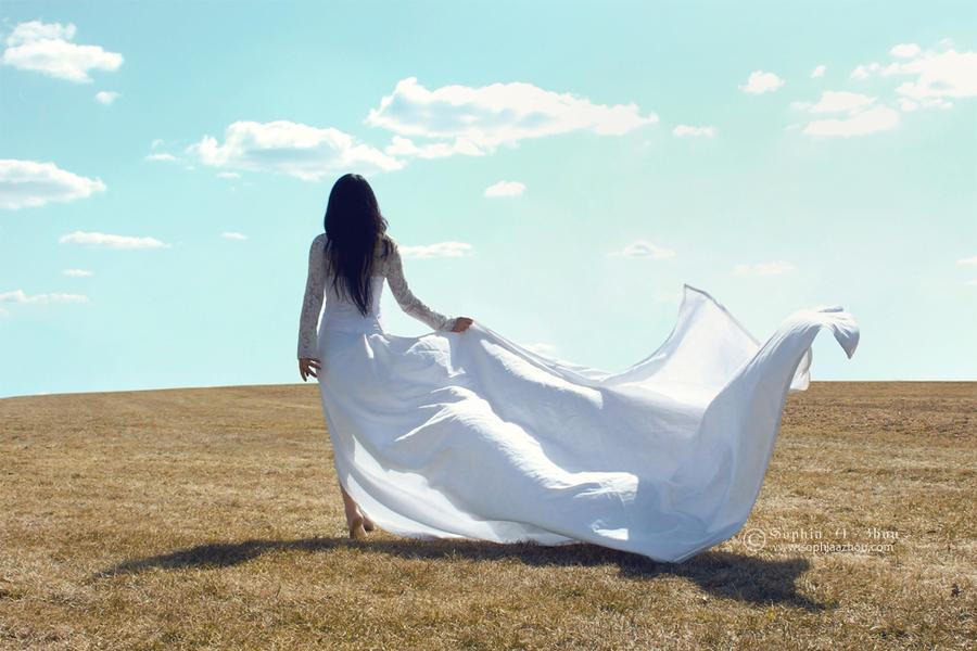 She dreamed she was a cloud by sophiaazhou