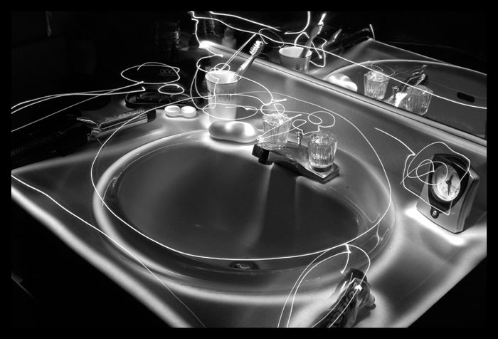 Light Painting 1 - GlowingSink by CrimsonAppassionata