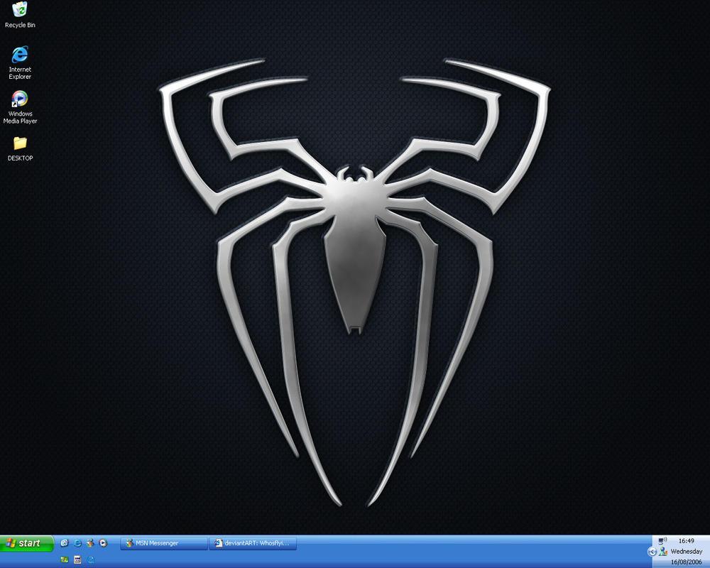 Desktop by Whosflyingthing