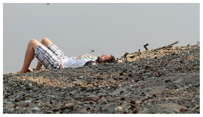 Relaxin' Dude by RueTris