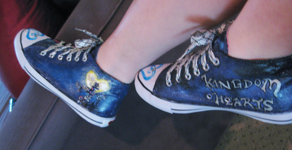 Kingdom Hearts custom painted shoes 6 by thedarkartistgirl