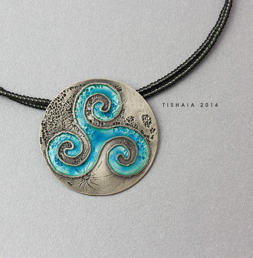 Silver triskelion by tishaia
