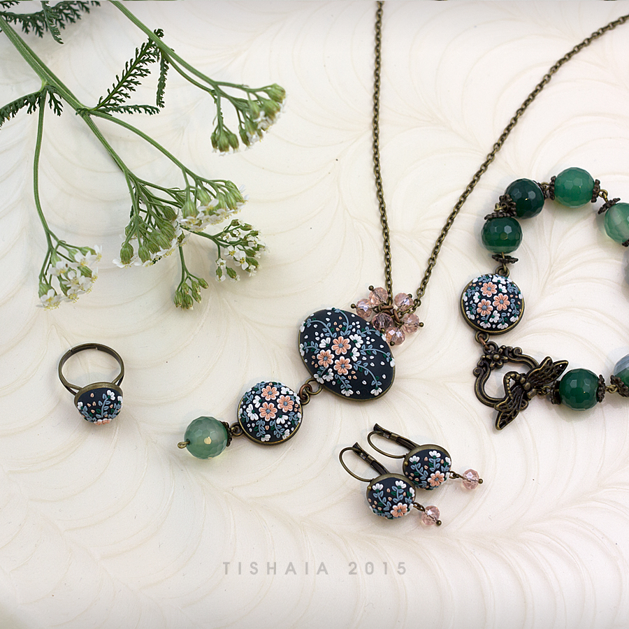 The night blushes - dark green by tishaia