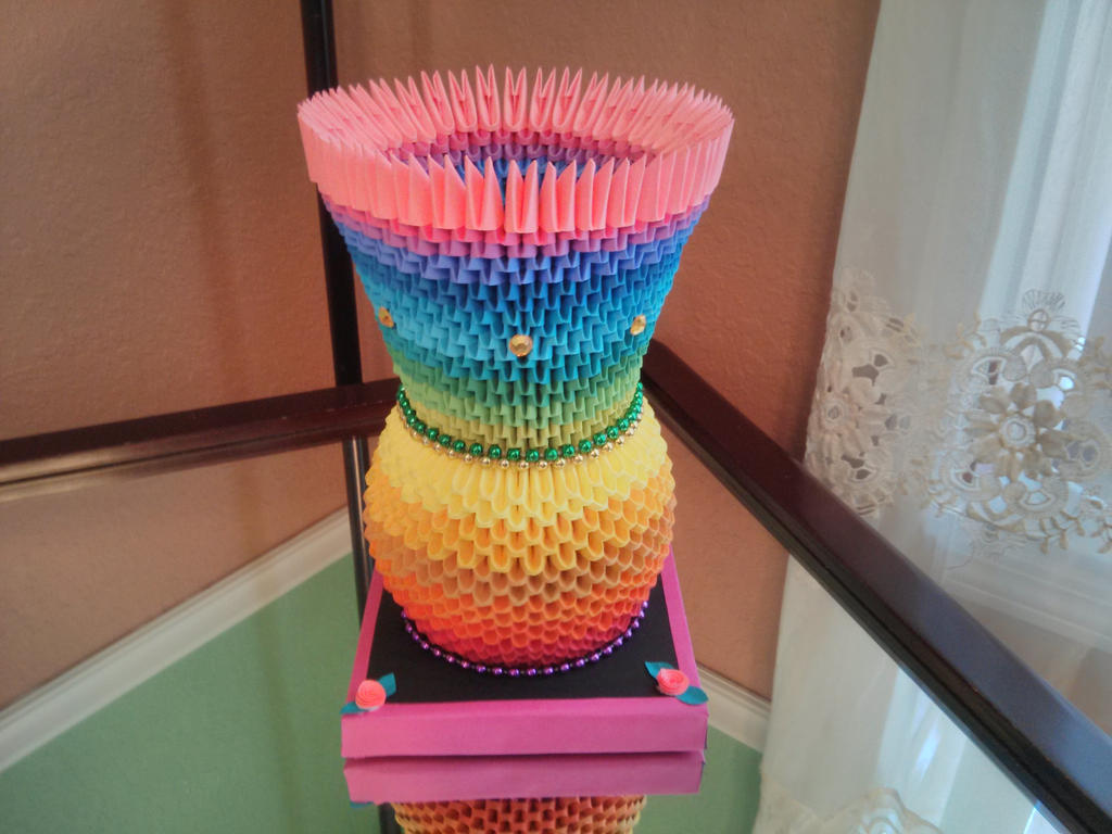 3D Origami Rainbow Vase by esmeraldaarribas on DeviantArt - photo#32