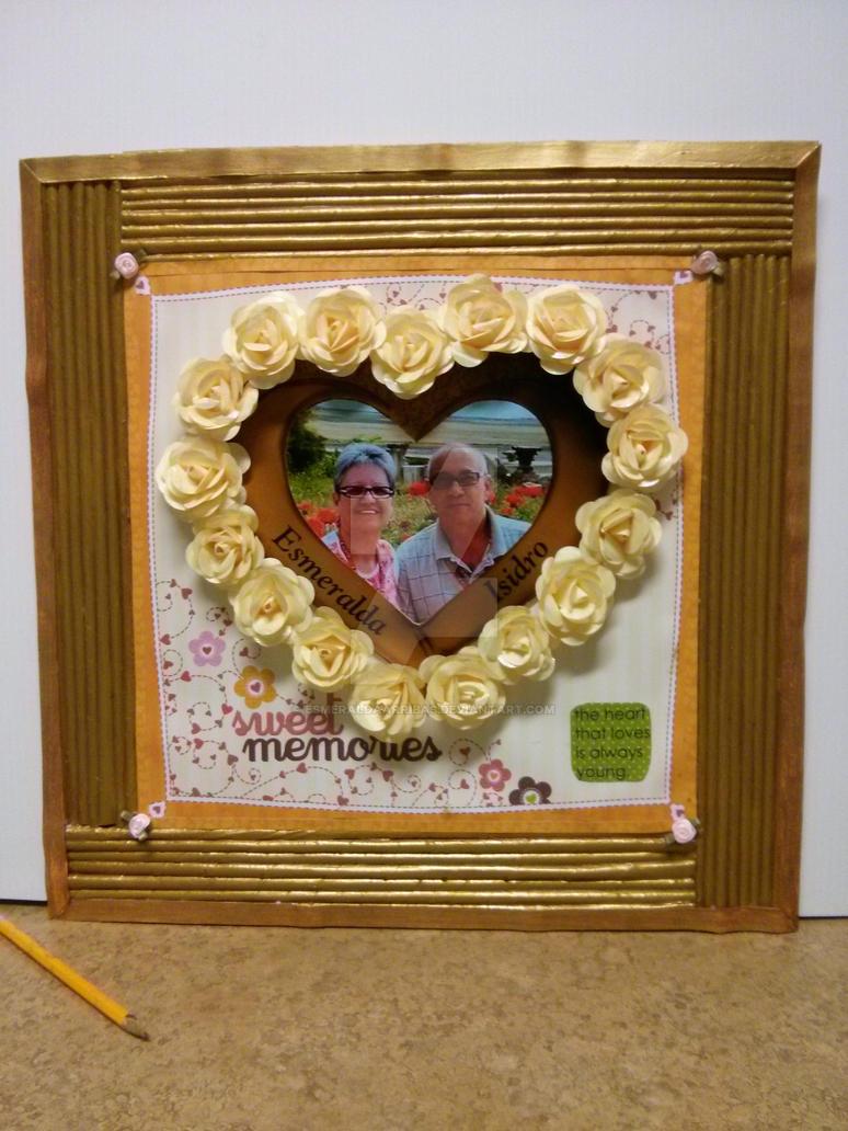 Newspaper frame and paper flowers. by esmeraldaarribas on DeviantArt