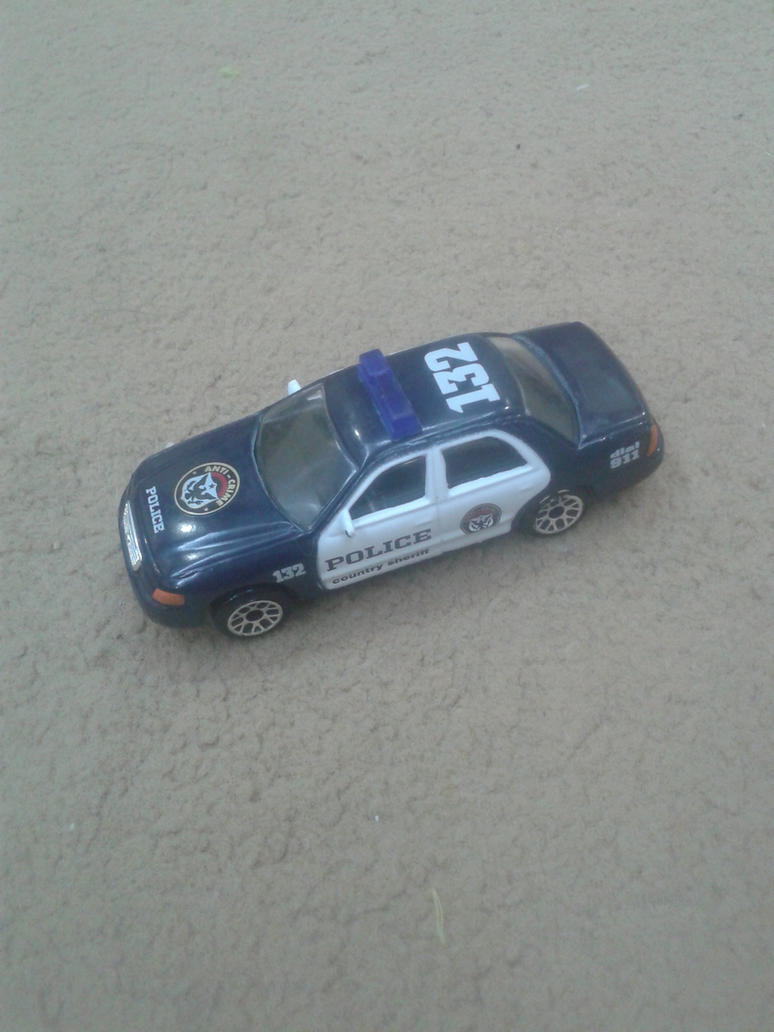 Ford Crown Victoria from Realtoy (Police) by Wael-sa