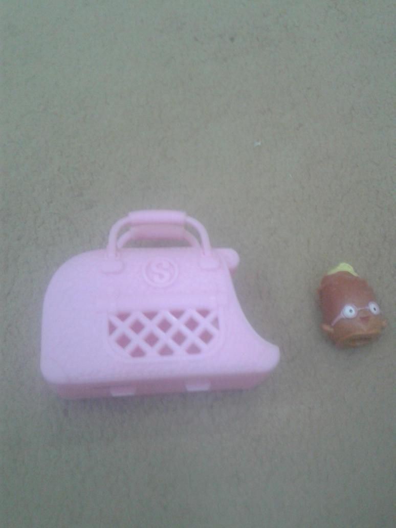 Peely Potato from Shopkins by Wael-sa