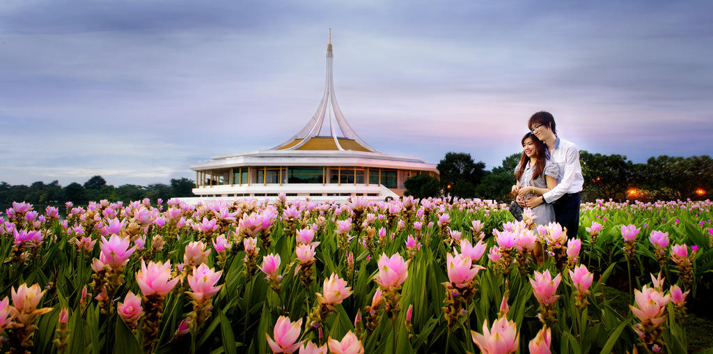 Suan Luang by palmbook